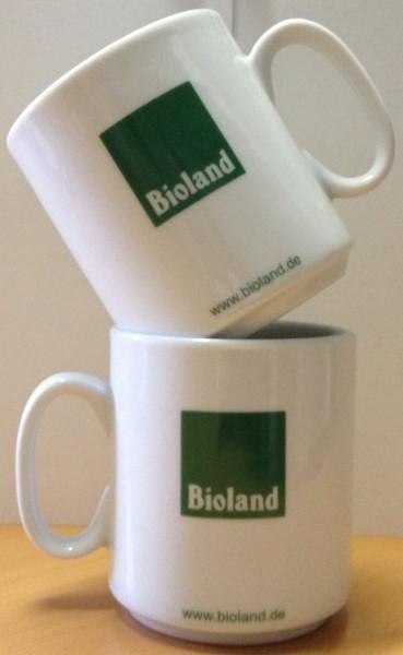 Tassen mit Bioland-Aufdruck